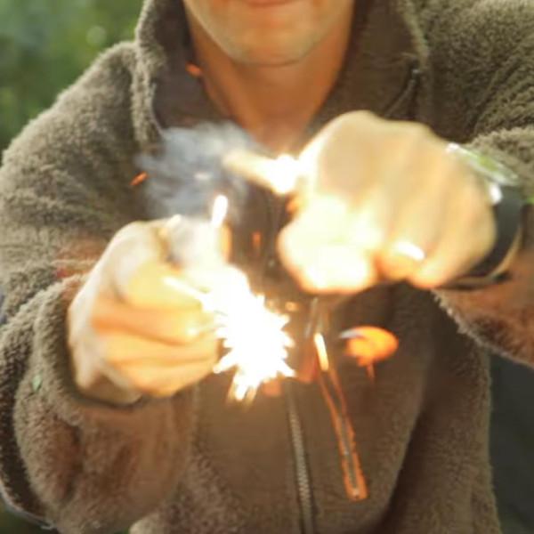 Bear Grylls Feueranzünder