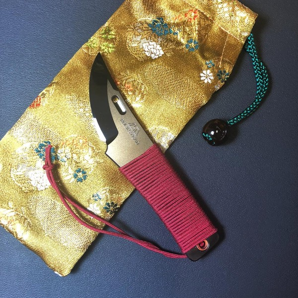 Rockstead Chou with red Silk wrapping