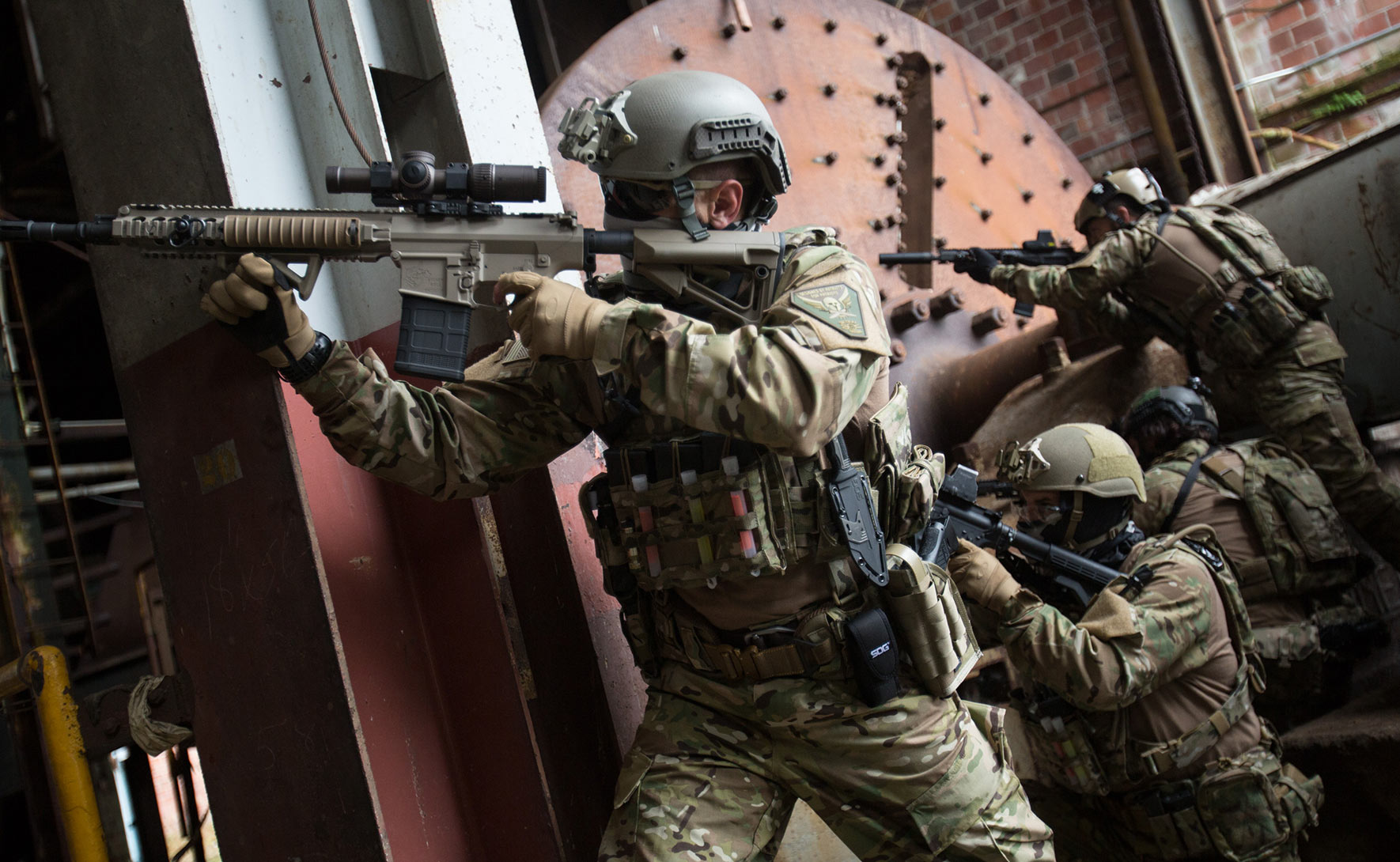 sp-2560-tactical_2